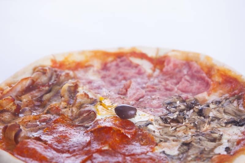 Quattro staggione pizza delivery