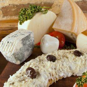 Piroške Quattro formaggi