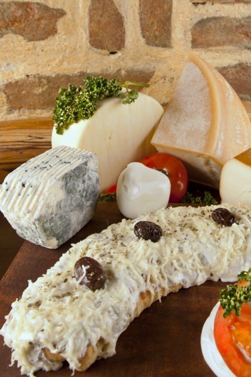 Piroške Quattro formaggi dostava