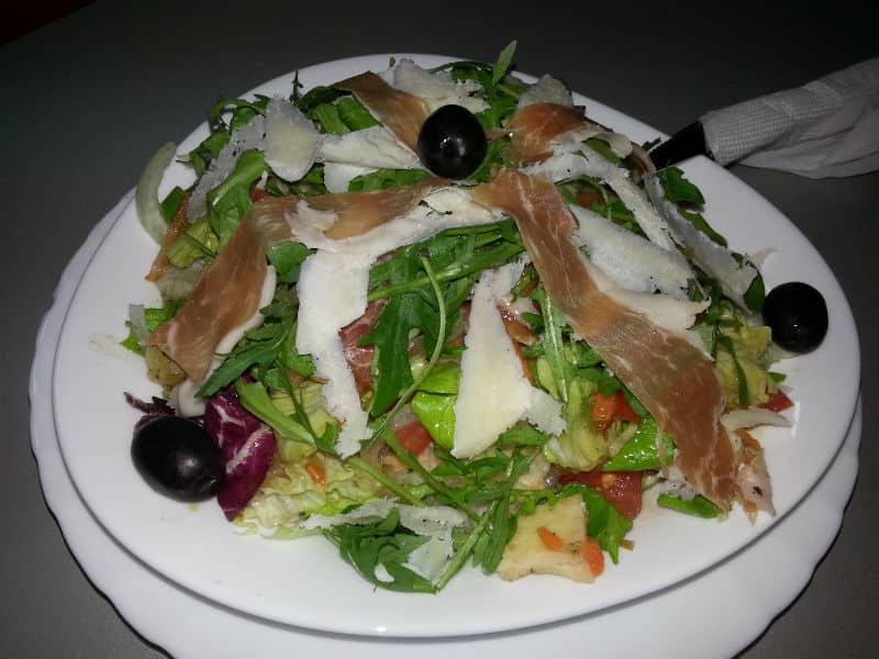 Salata di Papa dostava