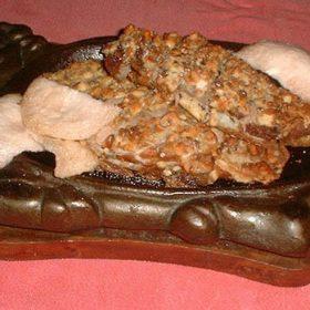 TAO-YEN-SOO-YA duck with wainuts