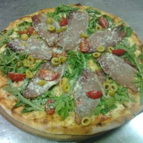 Pizza Rukola dostava