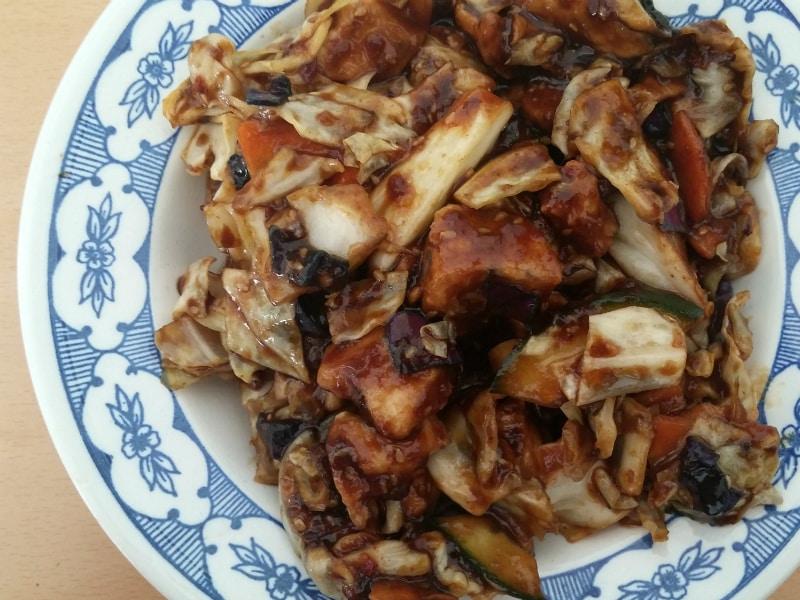 7. Piletina u ljutom sečuan sosu dostava