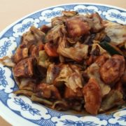 19. Piletina u kiselo-ljuto-slatkom sečuan sosu