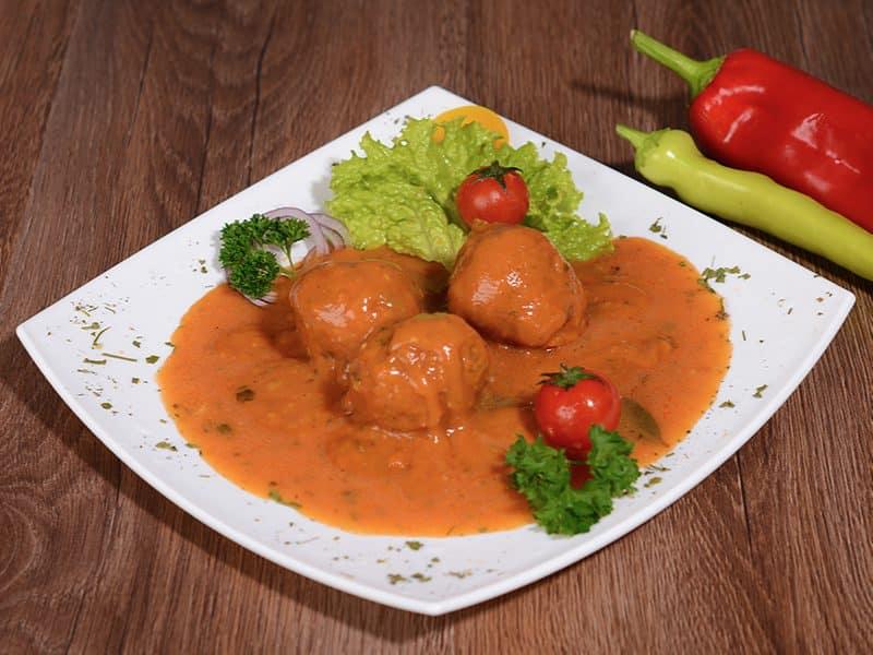 Čobanske ćufte u paradajz sosu dostava