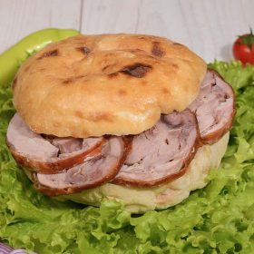 Shepherd's bun with rolled veal