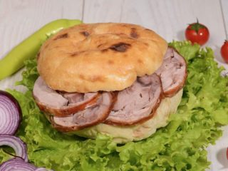 Shepherd's bun with rolled veal Čobanov odmor delivery