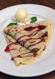 Crepe Nutella, raspsberry, vanilla cream delivery