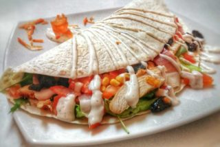 Tortilla gourmand salad Garden food & bar delivery