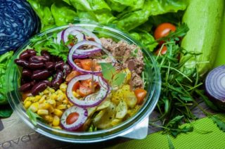 Tuna piquant salad Garden food & bar delivery