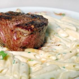 Beefsteak with gorgonzola delivery