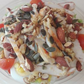 Salad meal with seeds