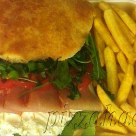 Sandwich kaymak proschiutto
