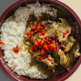 Beef in curry sauce with rice delivery