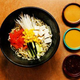Vegetarian salad ramen delivery