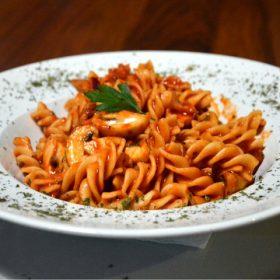 Pasta Pomodoro rosso delivery