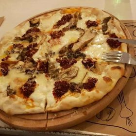 Calabrian pizza