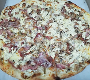 Carbonara pizza delivery