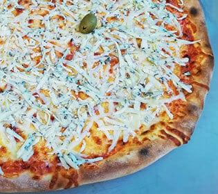 Quattro Formaggi Bambola pizzeria dostava