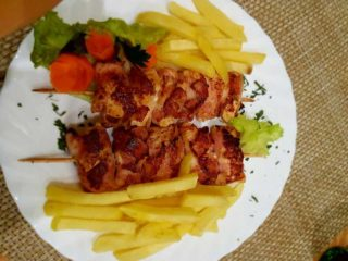 Chicken kabobs in bacon 300 grams delivery