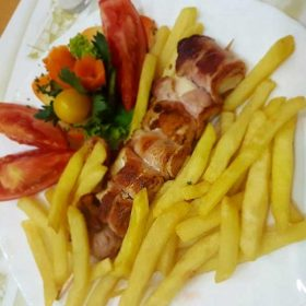 Chicken kabobs in bacon 150 grams delivery