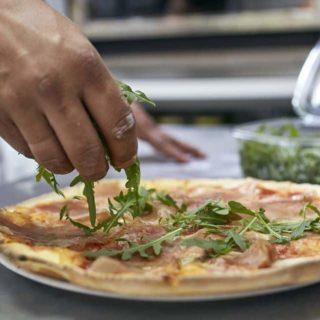 Pizza Pršuta GlutenNo dostava