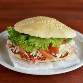 Sandwich classic pechenitza