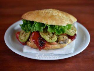 Sandwich Veggi delivery