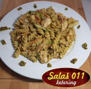 Pasta Pesto with chicken delivery