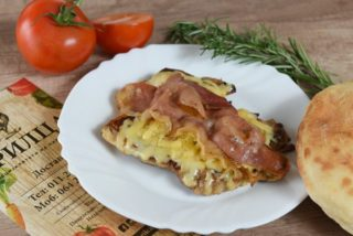 Stuffed chicken drumstick with Njegus prosciutto and three kind of cheese dostava