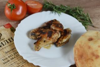 Grilled chicken wings dostava