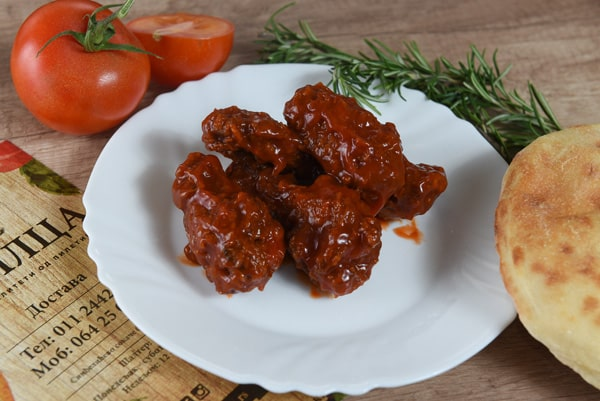 Chicken wings with ketchup and honey delivery