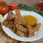 Fried sticks with sesame