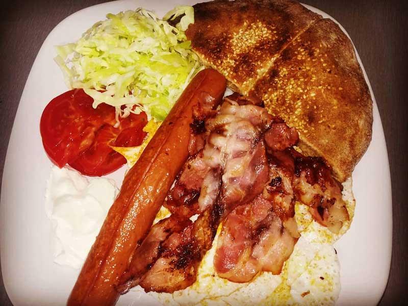 3 jaja + viršla + slanina dostava