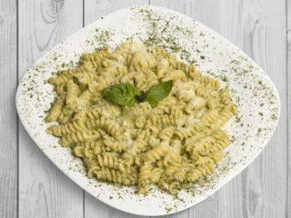 Pasta Pesto Genovese delivery