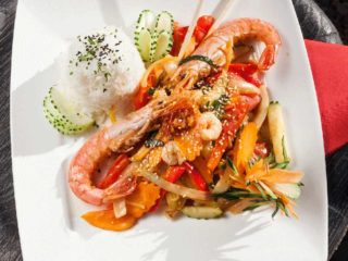 Sweet and sour shrimps + rice dostava