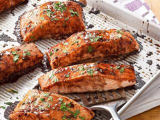 Grilled salmon with vegies dostava
