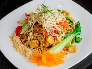 Pad Thai Veggie + Tofu dostava