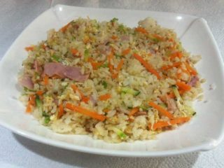 Rice with ham, eggs and vegetables delivery