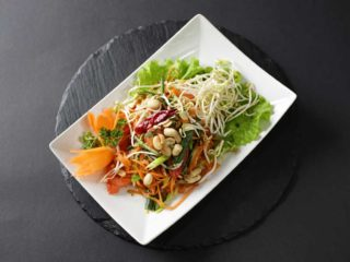 Som Tam salata Thai Zone dostava