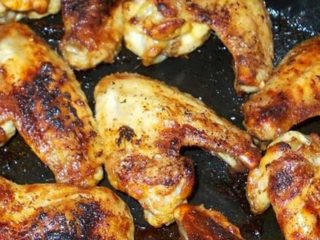 Grilled chicken wings per kilogram delivery