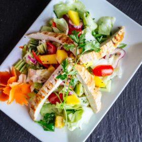 Mango salata sa piletinom dostava