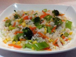 Rice with blanched vegetables delivery