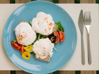 Poached eggs delivery