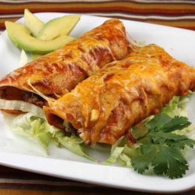 Enchilada sa mlevenim mesom dostava
