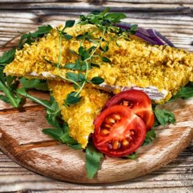 Crispy chicken in corn flakes – meal delivery