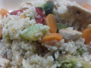 Risotto with chicken and fresh vegetables delivery