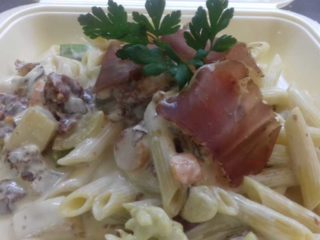 Pasta prosciutto, vegetables delivery