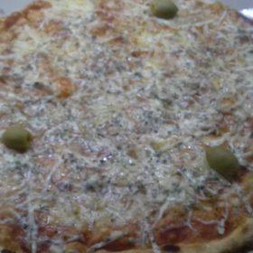 Quattro formaggi pizza delivery