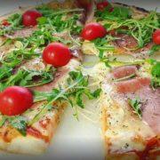 Pršuta, rukola pizza